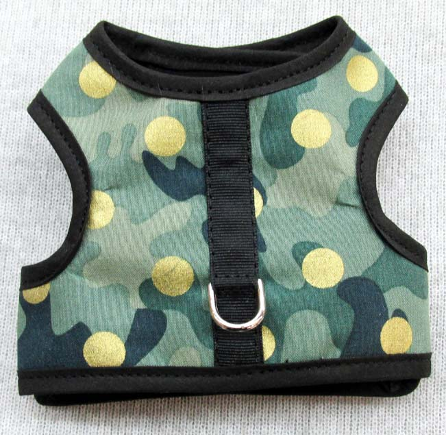 Harness-Camo-with-gold-sparkle-dots.