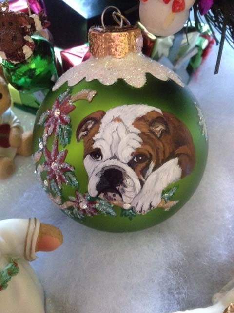 hand-painte-dog-on-gift-ornament