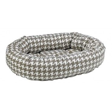 bowsers-dog-donut-bed-newbury check