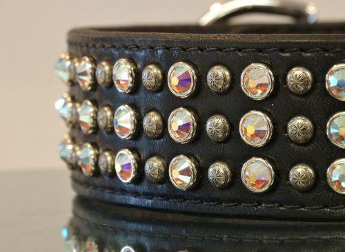 Glam-City- 3-row_crystal-leather_dog_collar